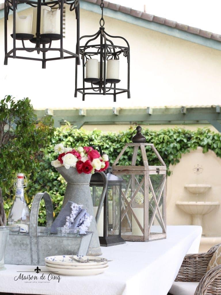 Outdoor Summer Table for Entertaining from Maison de Cinq