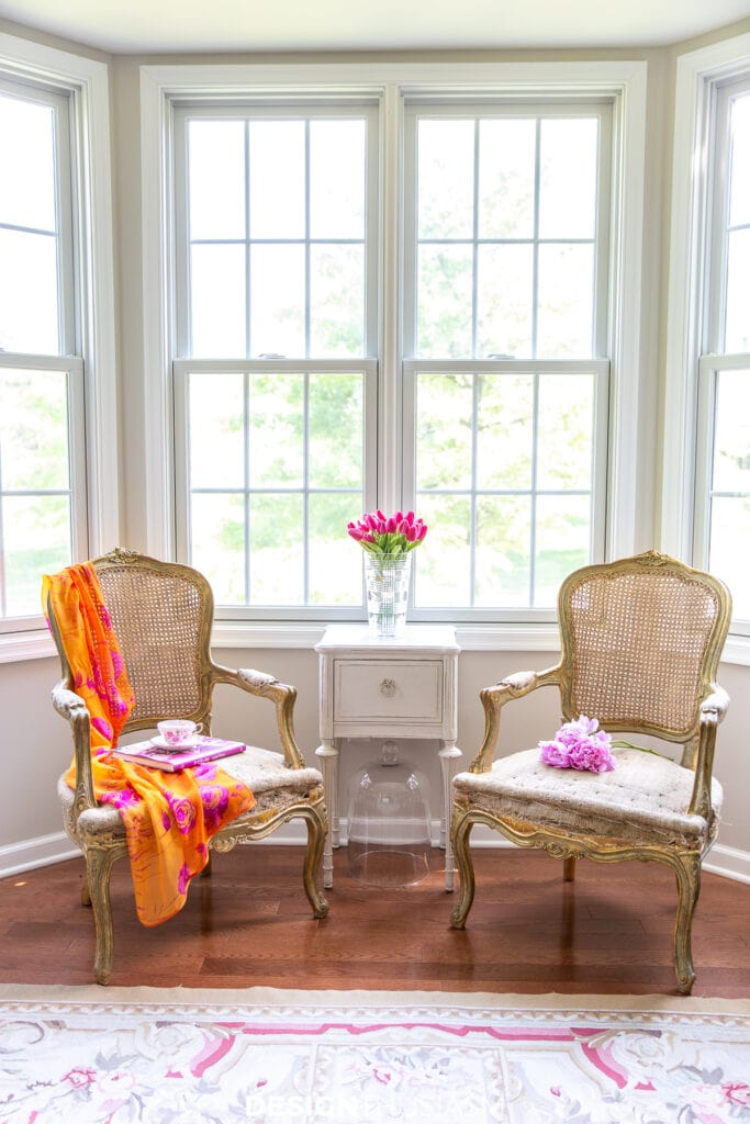 summer decorating with color