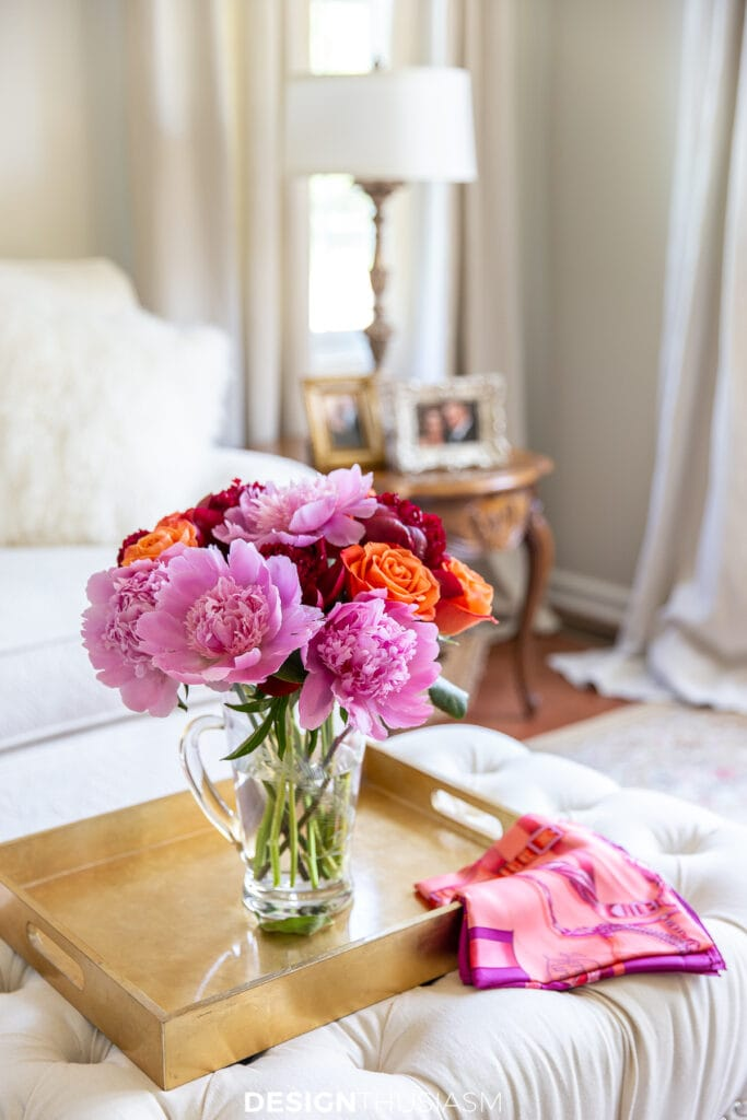 summer decorating with flowers