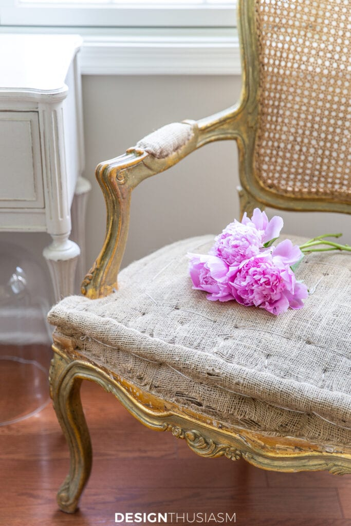 summer decorating with peonies
