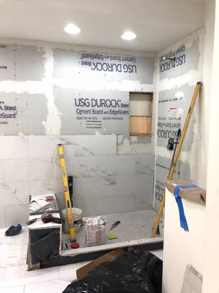 Budget Bathroom Looks That Are Luxurious - Shabbyfufu