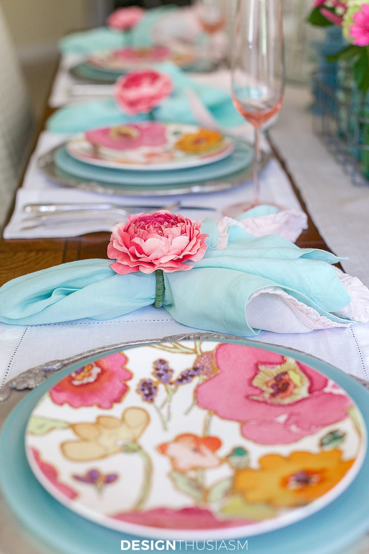 floral tablescape for summer