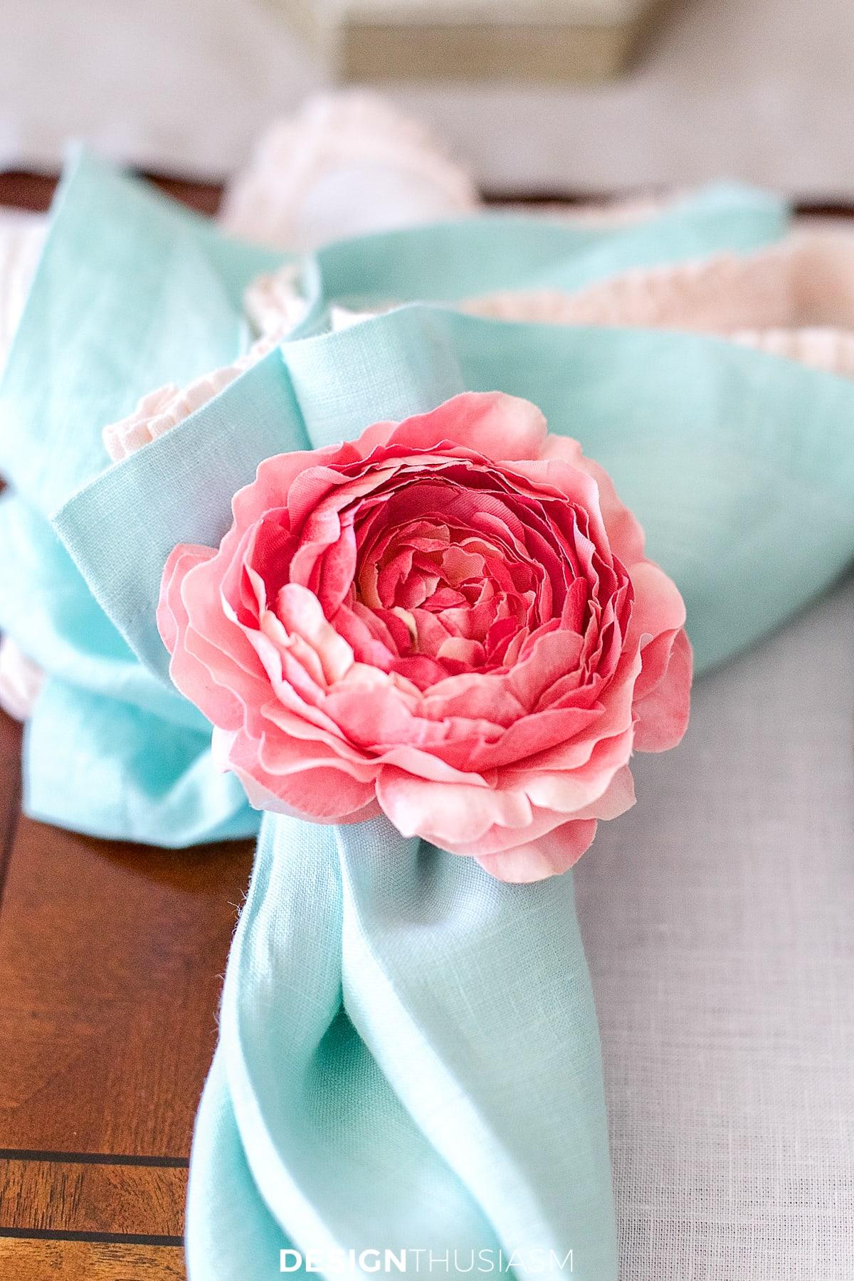 floral napkin ring