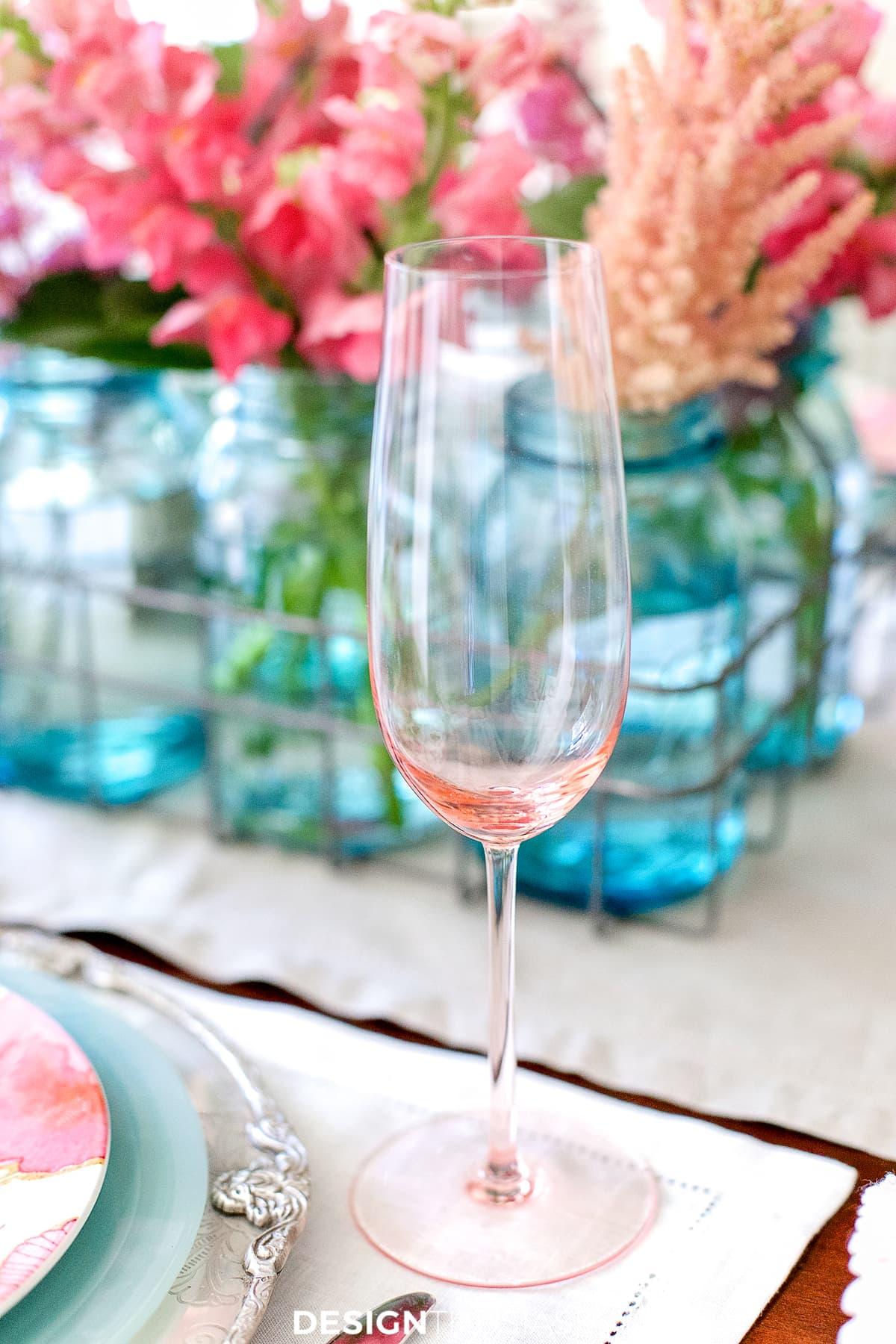pink champagne flutes