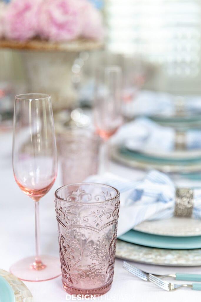 retro summer table pink glassware