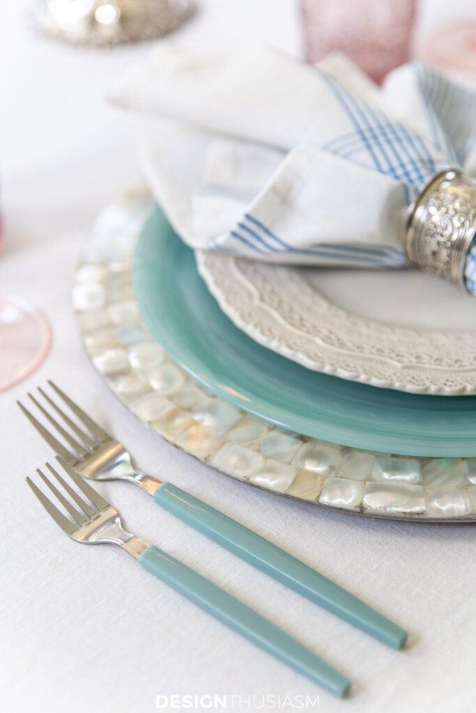 retro summer table aqua flatware