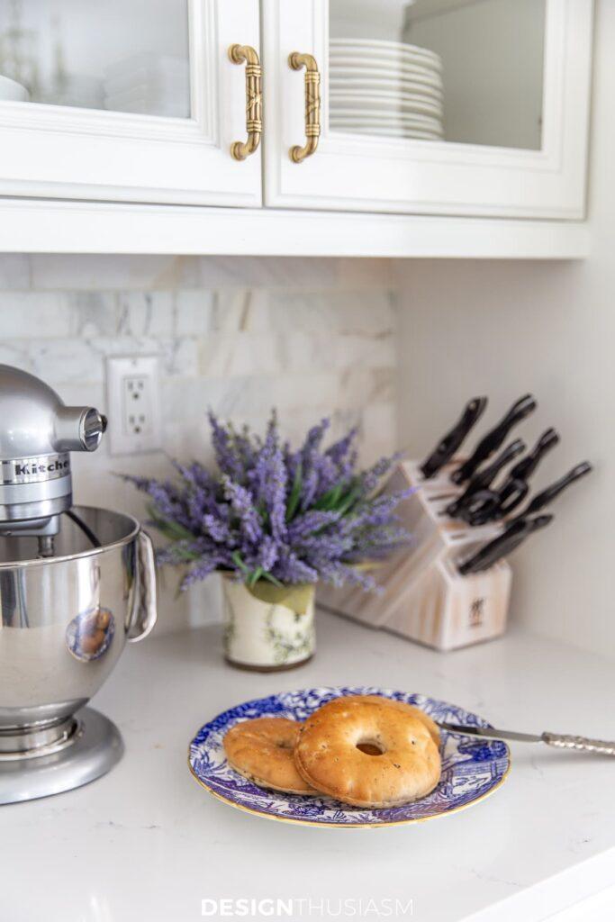 summer kitchen decor with lavender