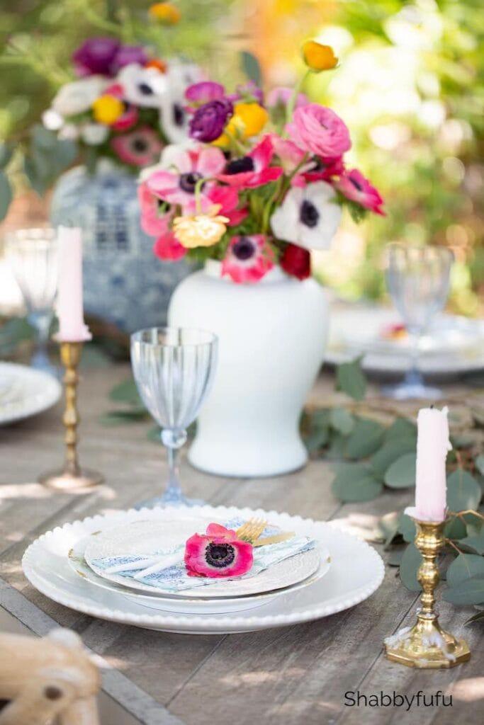 Essentials For A Beautiful Tablescape - Shabbyfufu