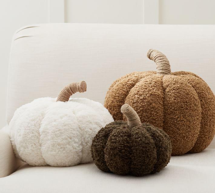 cozy-pumpkin-pillows