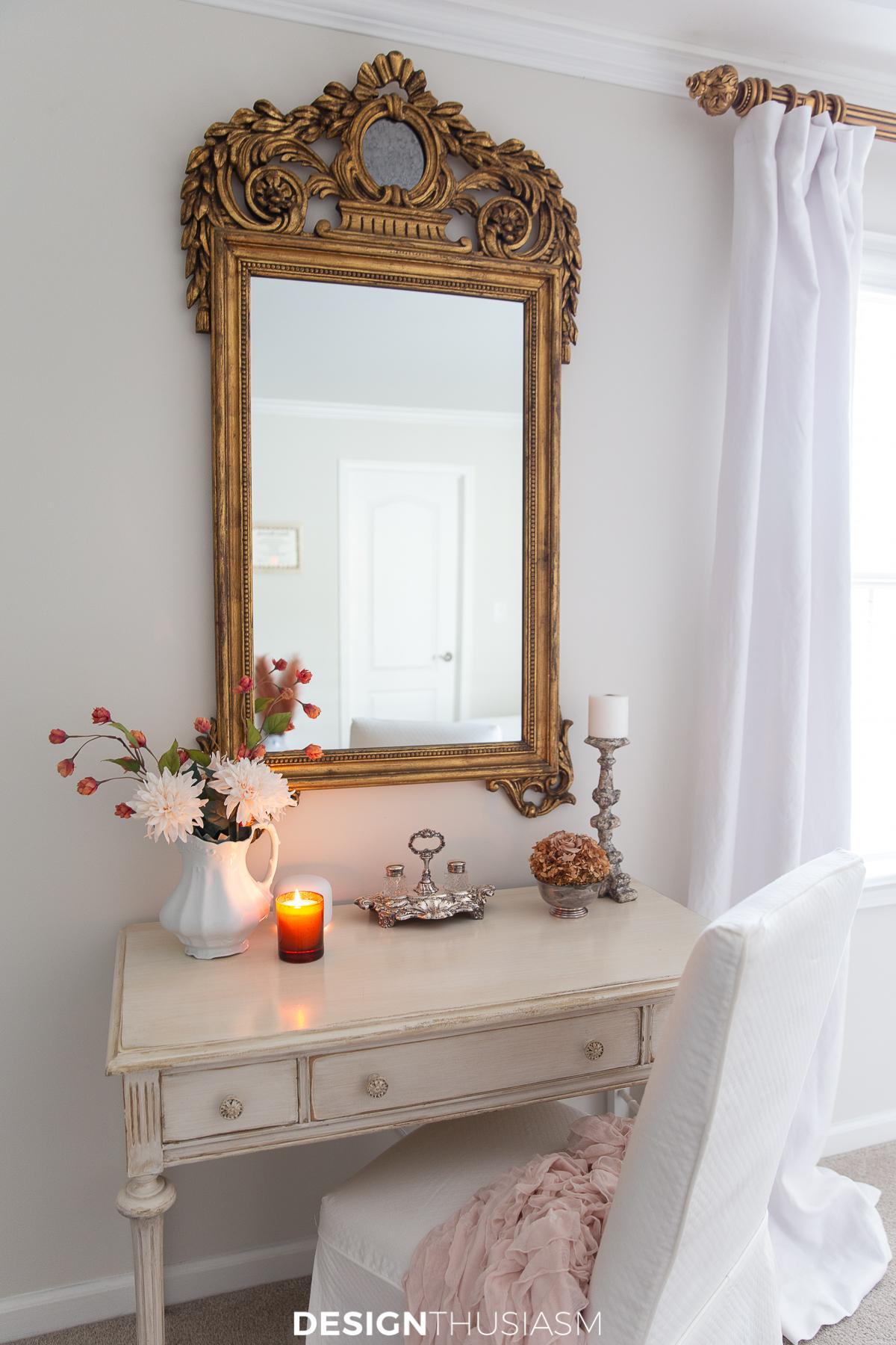 Fall bedroom decor vanity